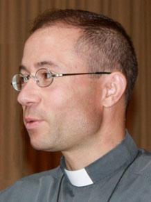 Père Yann VIGNON