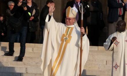 Mgr Benoît Bertrand à la cathédrale de Nantes