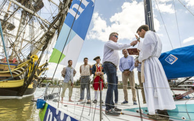 Solitaire du Figaro à Nantes : Bénédiction du bateau du skipper Gildas Morvan