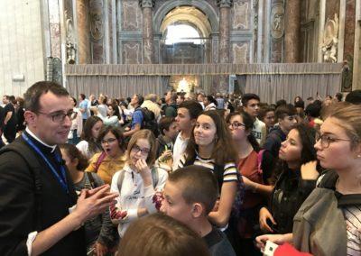 Visite St Pierre avec le Père Hervé