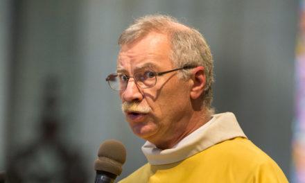 Père François Renaud, administrateur diocésain