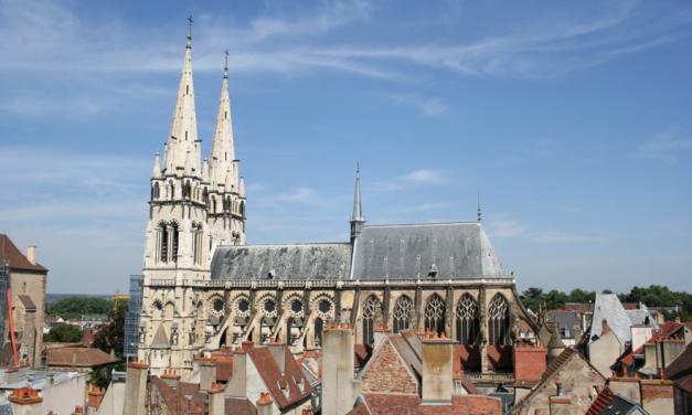 Mgr Percerou dit au-revoir au diocèse de Moulins
