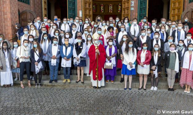 63 adultes confirmés à la Pentecôte
