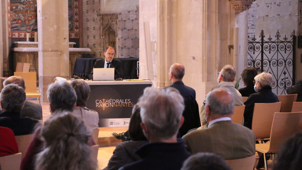 Cathédrales RayonNantes : conférences et expositions
